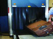 रेडिएशनच्या भीतीने बॅग तपासणी नाही