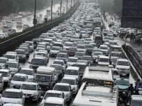 मुंबईकरांची पाऊसकोंडी; वाहतुकीच्या खोळंब्याने मनस्ताप