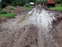 परभणी : ग्रामसडक योजनेतील रस्त्याचे काम रखडले