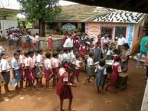 गोंदिया जिल्ह्यातील शिक्षक नक्षलभत्त्यापासून वंचित