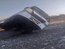 पारोळ्याजवळ लक्झरी बसला अपघात, १५ प्रवासी जखमी
