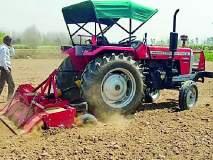 संकटावर मात करीत शेतकरी मशागतीत व्यस्त