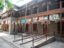 धुळे महापालिकेच्या चार इंग्रजी शाळा होणार बंद