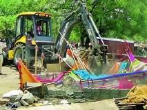 सरपंचाच्या उपोषणामुळे आदिवासींचे सरकारी घरकुले खर्डीततहसिलदारांनी तोडली