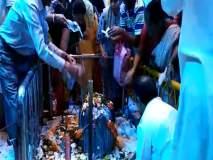 मुंबई : महाशिवरात्रीनिमित्त बाबुलनाथ मंदिरात भाविकांची गर्दी