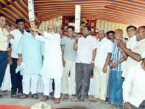 Lok Sabha Election 2019: उद्धव ठाकरेंनी शेतकऱ्यांच्या पाठीत खंजीर खुपसला- छगन भुजबळ