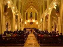 मुंबईतील या चर्चमध्ये पारंपारिक पद्धतीने साजरा करतात ख्रिसमस
