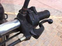 मोटारसायकलचा क्लच तुटल्यास 'ढकलगाडी'ची नाही येणार वेळ...ही क्लुप्ती करा...