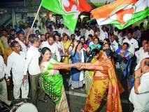 कर्नाटकात भाजपाच्या पराभवाने, नागपुरात काँग्रेसचा जल्लोष