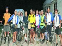 साठी ओलांडलेल्या त्या 'तरुणांचा' सायकल प्रवास