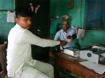 51 गोणी कांदा विकून 6 रुपये मिळाले, शेतकऱ्याने मुख्यमंत्र्यांना पाठवले!