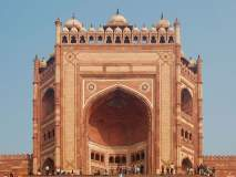 मुघल कलाकृतींचा नजारा पाहण्यासाठी ऐतिहासिक शहर फतेहपुर सीकरीला द्या भेट!