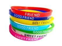 Friendship Day 2018: मैत्रीचे बंध गुंफण्यासाठी तरुणाईची खरेदी