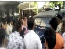 VIDEO- इंदूरमध्ये चिमुरडीवर बलात्कार करणाऱ्या आरोपीला स्थानिकांनी दिला चोप