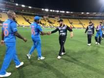 India vs New Zealand T20 : दुसऱ्या T20 सामन्यात #MeToo चे पोस्टर, या खेळाडूविरोधात घोषणाबाजी
