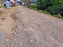 खड्डेमुक्त रस्त्यांची घोषणा हवेतच, तात्पुरती डागडुजी केलेले रस्ते पुन्हा 'जैसे थे'