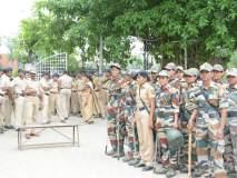 श्रीपाद छिंदमचा निषेध : संभाजी ब्रिगेडचे कार्यकर्ते पोलीसांच्या ताब्यात