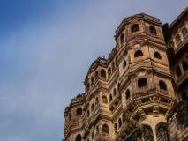 भारताच्या या ऐतिहासिक किल्ल्यावरून आजही दिसतो पाकिस्तान