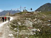 तिबेटच्या सीमेवर चीनच्या लांब पल्ल्याच्या तोफा