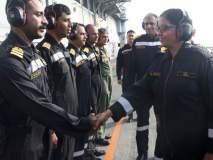संरक्षणमंत्री निर्मला सीतारामन यांची आएनएस विक्रमादित्यला भेट