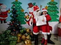 पॅलेस्टाइनमध्ये विद्यार्थ्यांनी ख्रिसमसचा लुटला आनंद