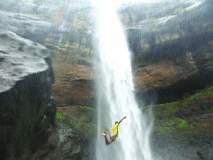 पांडवकडा धबधब्यावर पर्यटकांचा धुडगूस