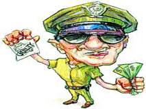 हप्ते घेणाऱ्या पोलिसाचा व्हिडीओ व्हायरल!