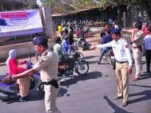 वाहतूक पोलिसांकडून अक्कलकोटमधील भाविकांची लूट