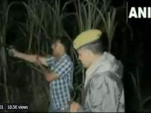 Video : गुंडांचा पाठलाग करताना बंदूकच बंद पडली, पोलिसांकडून चक्क तोंडानेच 'ढिश्शक्याव ढिश्शक्याव'