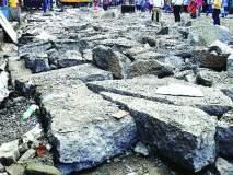 शिवाजी चौकातील काँक्रिट रस्ताही तोडला