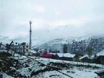 उत्तराखंडमध्ये हिमवृष्टीमुळे शेकडो लोक अडकले