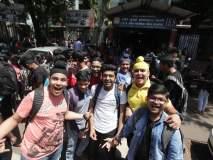 करुया आता कल्ला! दहावीचा शेवटचा पेपर संपल्यानंतर विद्यार्थ्यांचा जल्लोष
