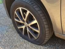 पावसाळ्यात टायर पंक्चर किंवा वाहने का घसरतात? कशी काळजी घ्यावी...