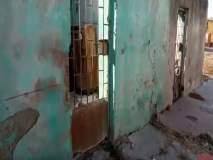 वाशिम : पोलिसांच्या घरांची झालीय दुरवस्था