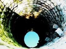 बीडमध्ये पाणीटंचाईचा पहिला बळी; पाणी शेंदताना वृद्धा आडात पडली