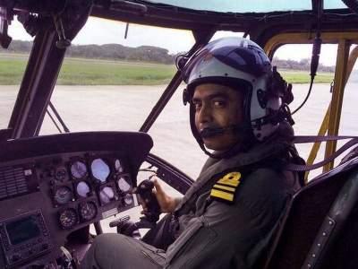 महाराष्ट्राच्या सुपुत्राचा पराक्रम; हेलिकॉप्टर छतावर उतरवून देवदूत ठरलेला पायलट मराठमोळा शिलेदार