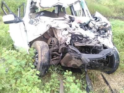हिंगोलीत ट्रक व जीपचा भीषण अपघात, सहा जणांचा जागीच मृत्यू