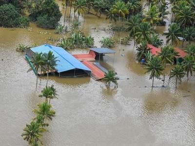 Kerala Floods: केरळला हवे २६०० कोटी रुपयांचे विशेष आर्थिक साहाय्य