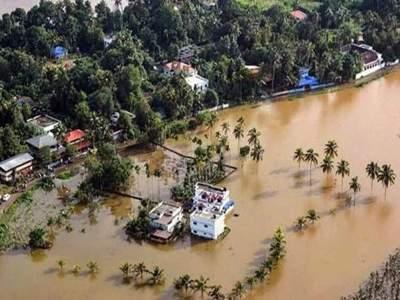 Kerala Floods: केरळमध्ये 100 वर्षांतील भीषण पूर, पाहा फोटो