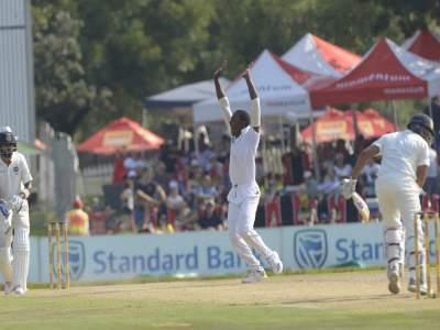 विराटसह तीन फलंदाज माघारी! सेंच्युरियन कसोटीत भारत अडचणीत