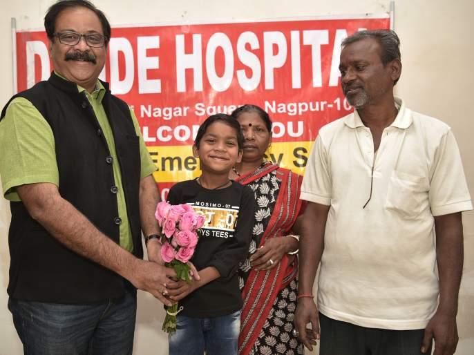 'Mrutunjay' Adhyayan is for five years old , survived in adverse condition   'मृत्युंजय' अध्ययन झाला पाच वर्षांचा : प्रतिकूल परिस्थितीत मिळाले होते जीवनदान