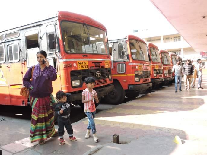 Satara: Stopped in the district; Travel Morcha of Ambedkar civil society in Satara city | सातारा : जिल्ह्यात कडकडीत बंद; प्रवाशांचे अतोनात हाल. आंबेडकरवादी जनतेचा सातारा शहरात मोर्चा