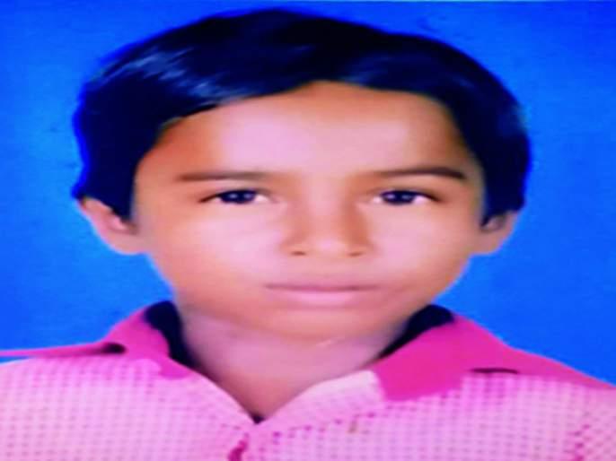 Funeral ceremony for the baby killed in Leibba's assault after the assurance of Guardian Minister | पालकमंत्र्यांच्या आश्वासनानंतर बिबट्याच्या हल्ल्यात ठार बालकावर अंत्यसंस्कार