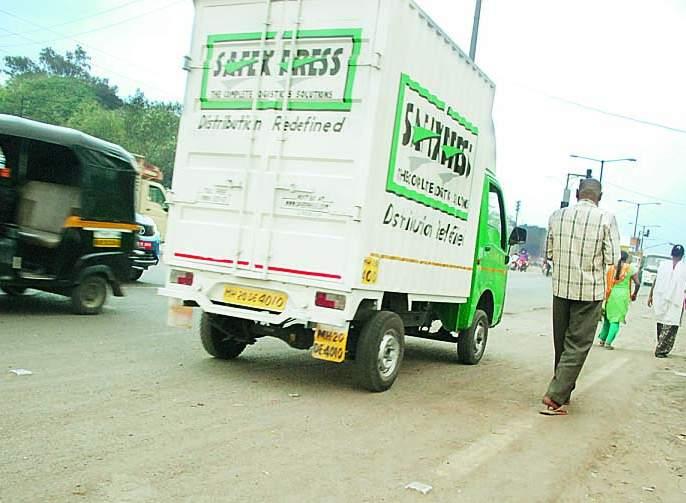 Need to take action against Rong Side SUAs in Aurangabad | औरंगाबादेत राँग साइड वाहनचालक सुसाट