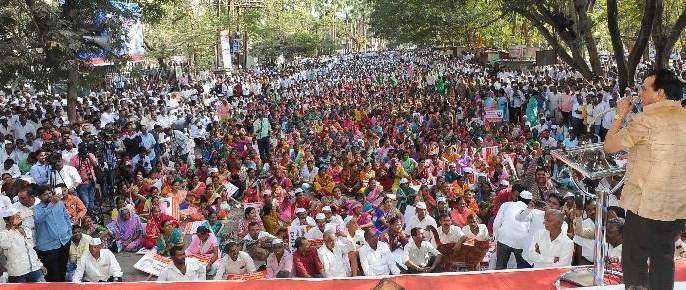 'Boca', 'Kolh' and 'Monsters' in the Jagrao Mela in Kolhapur, Satej Patil's News | कोल्हापुरातील जागृती मेळाव्यात 'बोका', 'कोल्हा' आणि 'राक्षस' शेलक्या शब्दात सतेज पाटील यांचा समाचार