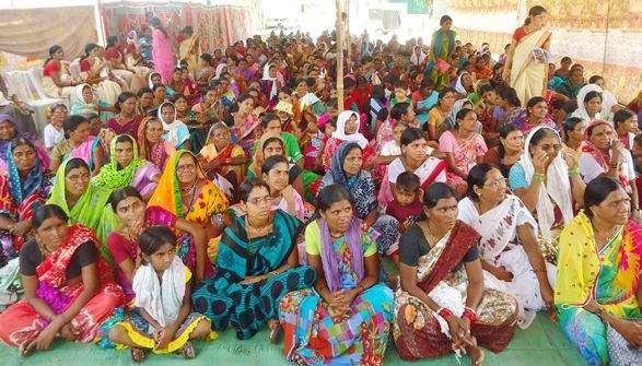 Thirty-six thousand women in Yavatmal district gathered | यवतमाळ जिल्ह्यातल्या ३१ हजार महिलांची वज्रमूठ