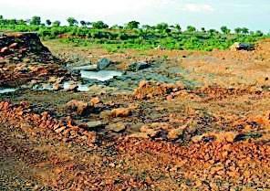 Nandgawhan dam rebuilding soon | नांदगव्हाण धरणाचे पुनर्निर्माण उभारणी लवकरच