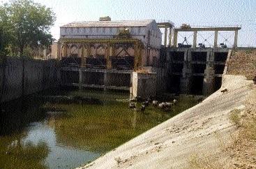 Majalgaon hydro power center | माजलगाव जलविद्युत केंद्राला घरघर