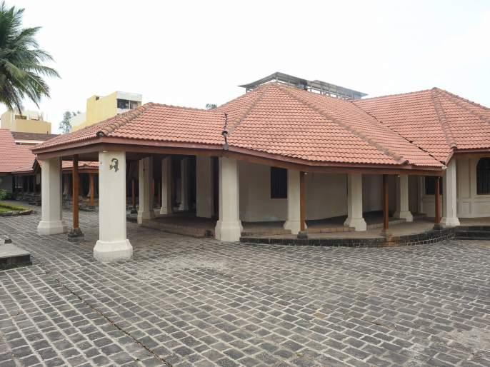 Members of the Shahu Maharaj Jayanti Museum, the bidded contractor, are opposed | Shahu Maharaj Jayanti संग्रहालयाची निविदा भरलेल्या ठेकेदाराला सदस्यांचाच विरोध