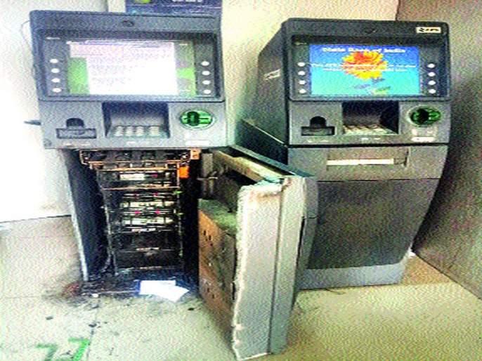 28 lakhs of stolen in 22 minutes | २२ मिनिटांत २८ लाखांची चोरी